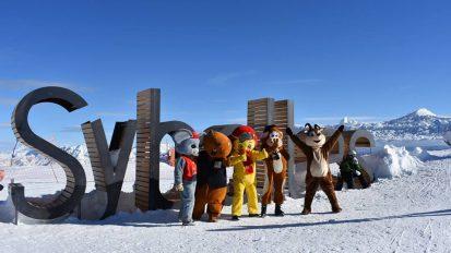 le-corbier-les-sybelles-hiver-domaine-skiable-mascottes
