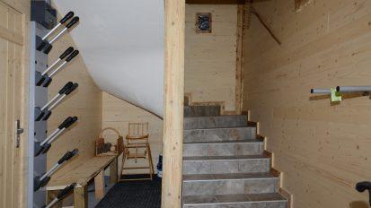 location-chalet-etoile-du-berger-entree-seche-chaussures-le-corbier-les-sybelles
