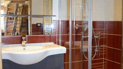 location-chalet-etoile-du-berger-salle-de-bain-le-corbier-les-sybelles
