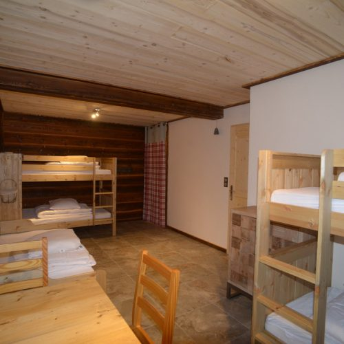 location-chalet-etoile-filante-chambre-lits-superposes-le-corbier-les-sybelles