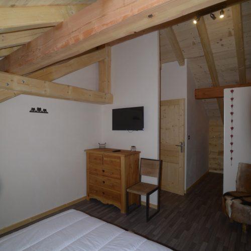 location-chalet-etoile-polaire-lit-double-le-corbier-les-sybelles